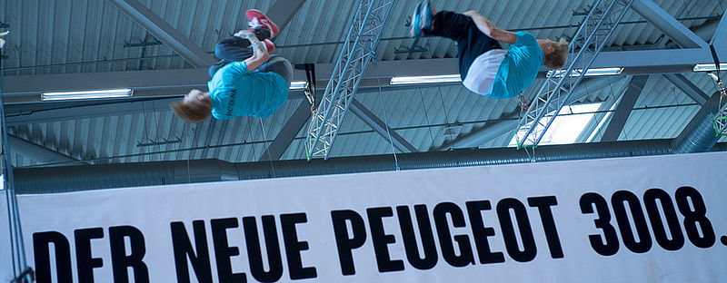 Die INDOOR OBSTACLE CHALLENGE powered by PEUGEOT